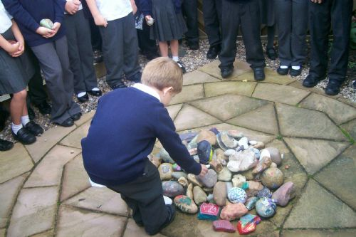 image - Cairn ceremony (Oct 12)