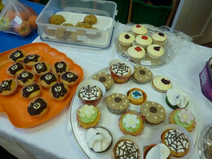 image - Cake sale (Oct 13)