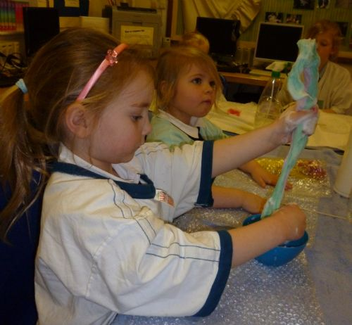 image - Felt making club (Jan13)