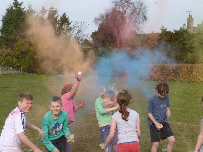 image - Holi celebration (Oak March 14)